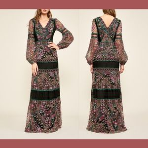 NEW$998 Tadashi Shoji Long Sleeve Embroidered Gown